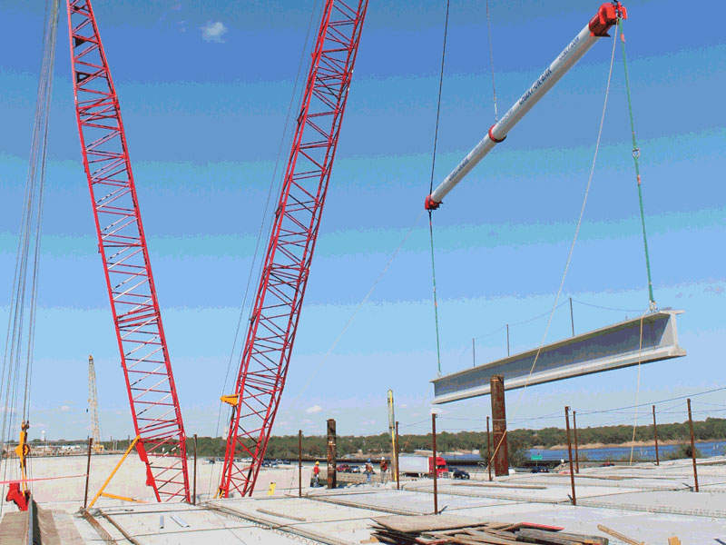 Lewisville Lake bridge is one of the biggest components of the 35Express project. Image courtesy of AGL Constructors.