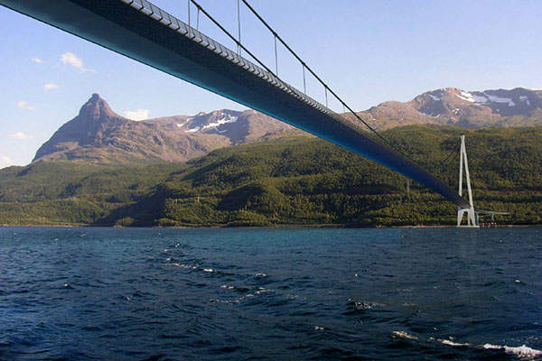 The bridge will be based on bridge symphony technology for suspension bridges. Image courtesy of Cowi AS / Statens vegvesen.