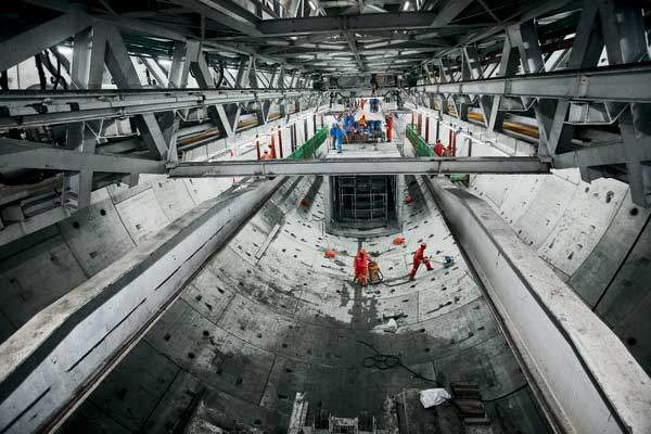 The two TBMs being used for the Yangtze River project are the largest in the world with a diameter of 15.43m.