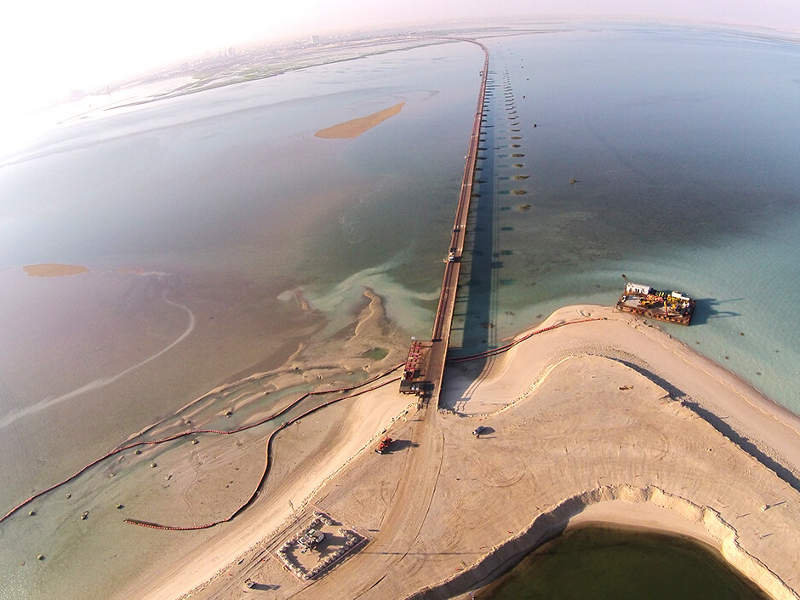 The project reduces the travel time between Kuwait City and the Subiyah new city. Image courtesy of Kuwait Ministry of Public Works.