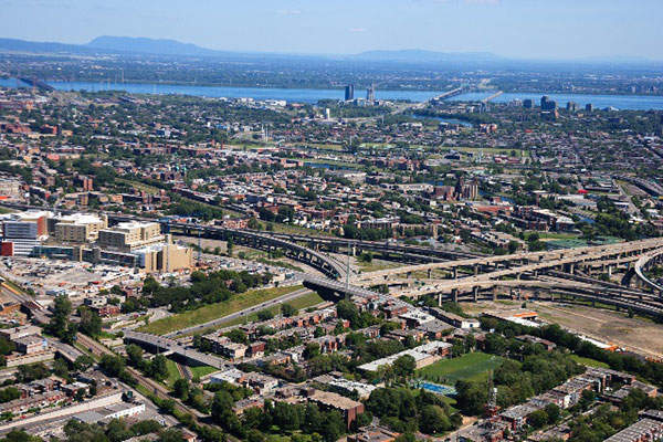 The Saint-Jacques overpass will also be rebuilt and the entire project is expected to be completed in 2020. Image: courtesy of Québec Ministry of Transportation.