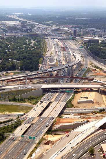 The major part of Phase 4 is a 4,800ft bridge that will link I-495 to I-95, allowing traffic heading west on the former to merge with southbound traffic on the latter.