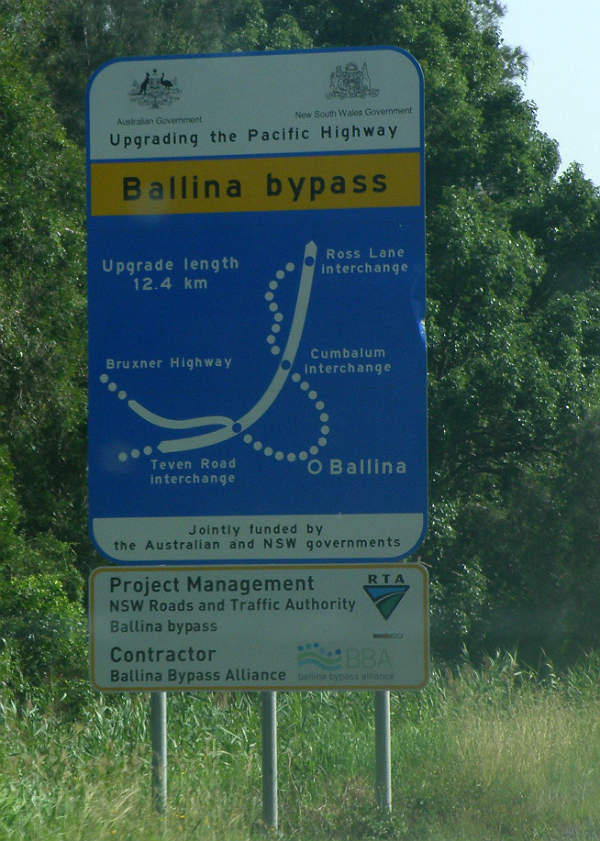 Ballina Bypass is a 12km long four-way dual carriageway linking the Pacific Highway in North Ballina with the Bruxner Highway Intersection in South Ballina. Image courtesy of Advanstra.