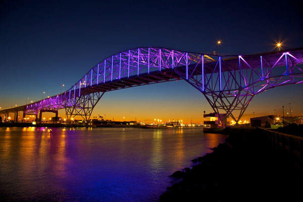 The new Corpus Christi Harbour Bridge will feature aesthetic lighting with programmable LED fixtures. Photo: courtesy of Business Wire.