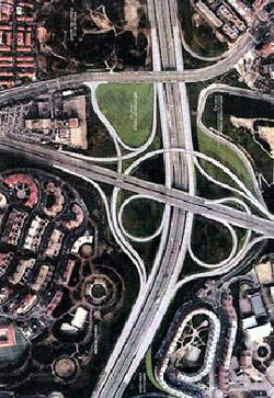 Nudo de O'Donnell road layout aerial view.