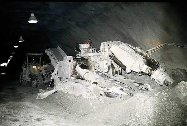Machinery in the Addison tunnel.