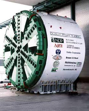 The 11.8m-diameter Herrenknecht TBM (nicknamed Gráinne) was delivered to the shaft in 103 parts.