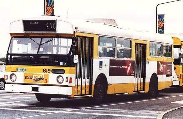 Only a small number of Volvo B59s remain in the Brisbane bus fleet.