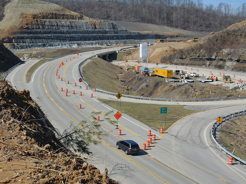 Kentucky Transportation Cabinet is widening 48.2km stretch of the highway as part of the Mountain Parkway Expansion project. Image courtesy of Kentucky Transportation Cabinet.