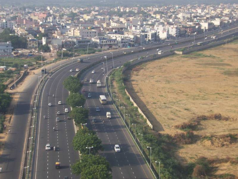 Van Don-Mong Cai Expressway