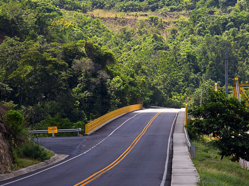 Bucaramanga-Barrancabermeja-Yondo highway is a 236km-long toll road under construction in Colombia. Credit: Cocoa Route.