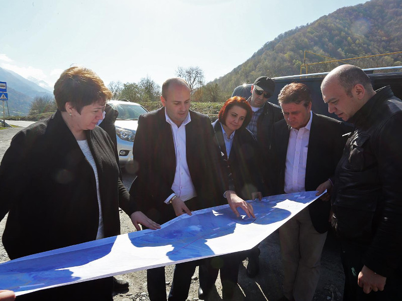 Kvesheti–Kobi Road Project
