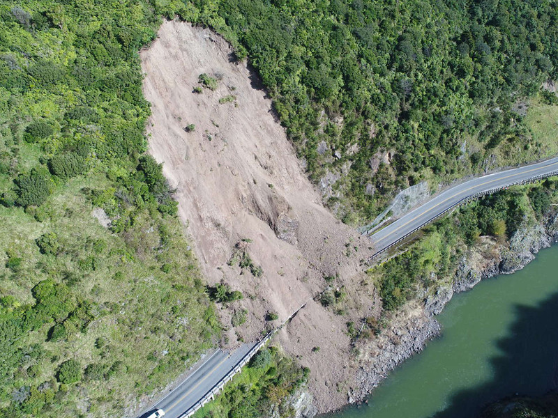 The development of the new highway commenced after a landslide at the Manawatū Gorge. Credit: Isthmus Group.