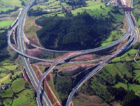 Acciona and its Polish subsidiary win road contracts in Poland