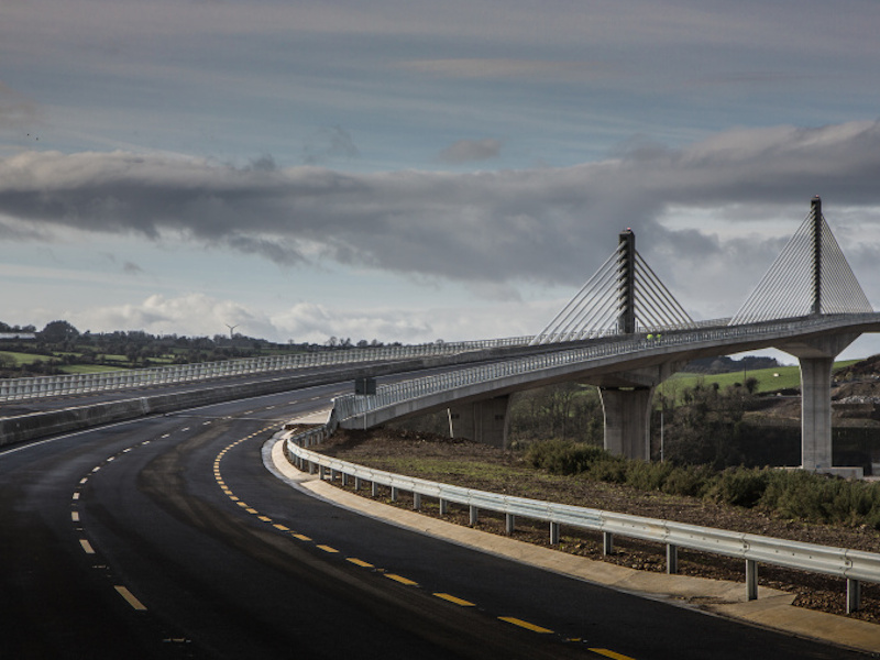 The 15km-long N25 New Ross Bypass connects the N25 with the N30 New Ross to Enniscorthy route. Credit: Royal BAM Group nv.